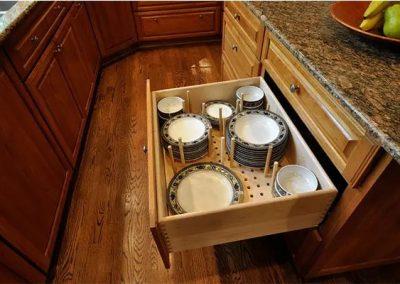 Organized kitchen drawer