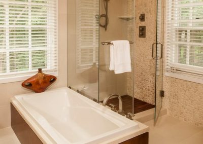 Modern bath 3